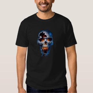 Tshirt azul do preto do crânio