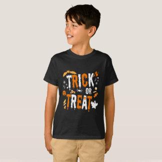 Tshirt bonito do milho de doces do Dia das Bruxas