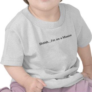 Tshirt da criança Shhh… eu estou em uma missão