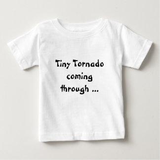 tshirt infantil da esteira rolante da criança do