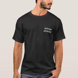 Tshirt Instrutor de Skydiving - funcionarios do