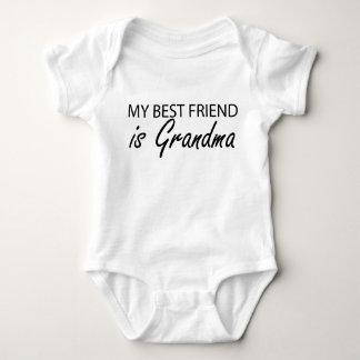 Tshirt Meu melhor amigo é avó