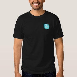 Tshirt preto de SASTPC com crachá