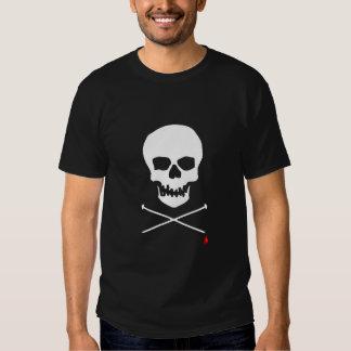Tshirt preto do crânio & da agulha