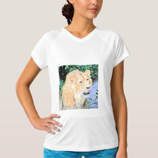 Tshirt rei esboçado do leão