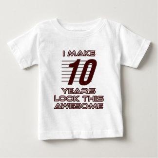 Tshirt TENDENDO o DESIGN do ANIVERSÁRIO da criança de 10