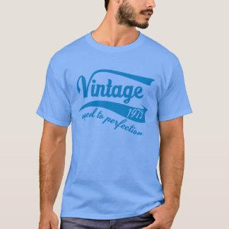 Tshirt Vintage 1973 envelhecido ao presente de