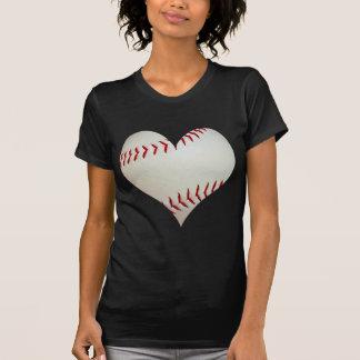 Tshirts Basebol americano em uma forma do coração