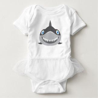 Tshirts cara feliz bonito do tubarão