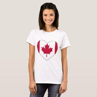 Tshirts Coração da bandeira de Canadá
