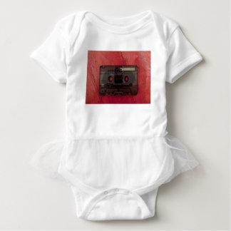 Tshirts Vermelho do vintage da música da cassete de banda