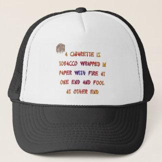 Um cigarro é… boné