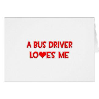 Um condutor de autocarro ama-me cartoes