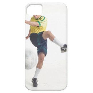 um homem latin novo veste um jérsei de futebol capas para iPhone 5
