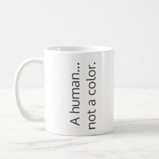 Um humano… não uma cor caneca de café