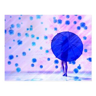 Uma caminhada na chuva cartão postal