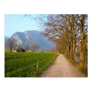Uma caminhada perto de Interlaken Cartão Postal