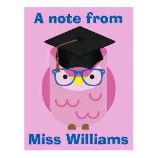Uma nota do cartão roxo da coruja do professor