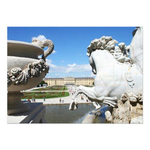 Uma vista do palácio de Schonbrunn em Viena, Convite