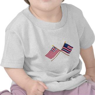 União e bandeiras grandes cruzadas de Serapis T-shirt