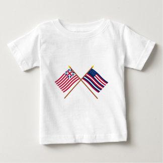 União e bandeiras grandes cruzadas de Serapis T-shirts
