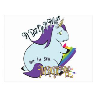 Unicórnio carnudo que come um arco-íris - uma cartão postal