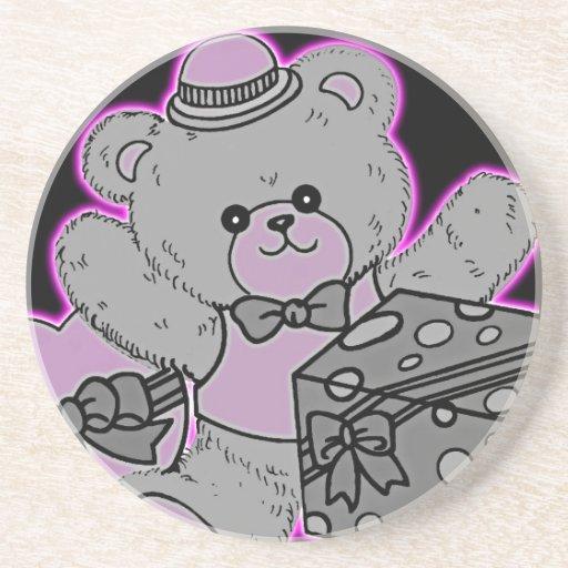Urso de ursinho cinzento & cor-de-rosa no preto porta-copo