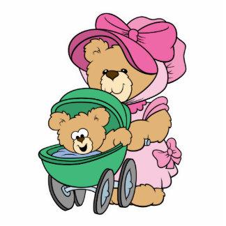 Urso do bebê das mamães N no carrinho de criança Escultura Fotos