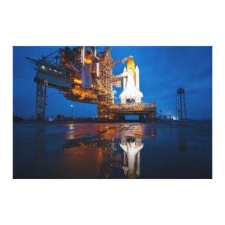 Vaivém espacial pronto para o lançamento impressão de canvas esticada