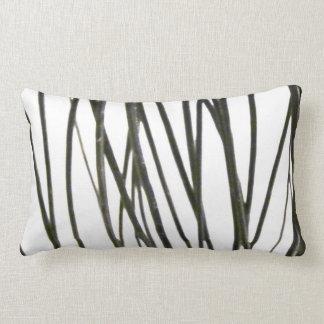 Varas preto e branco do travesseiro