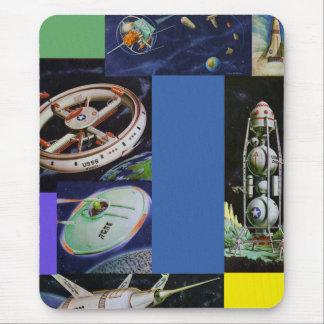 Veículos de espaço retros UFOs de Sci Fi do kitsch Mousepad