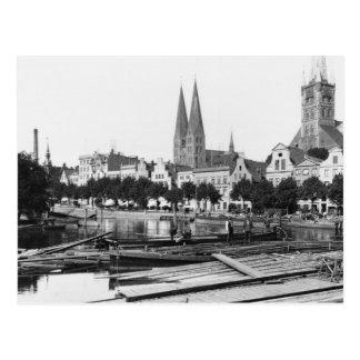 Vendendo a madeira no rio Trave, Lubeque, c.1910 Cartão Postal