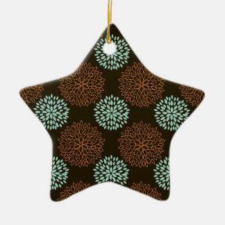 Verde bonito da cerceta, laranja, e flores retros ornamento de cerâmica estrela