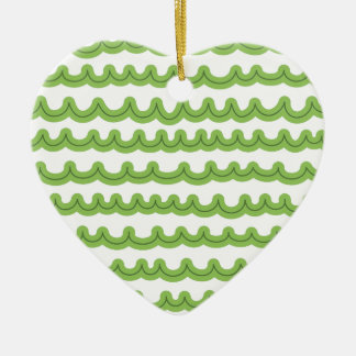 Verde lunático das ondas de oceano ornamento de cerâmica coração
