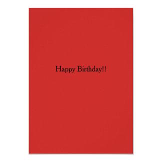 Vermelho atento do convite do feliz aniversario