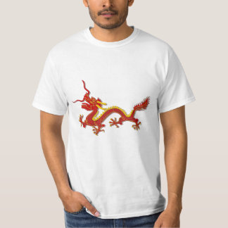 Vermelho chinês do baixo custo e camisa do dragão