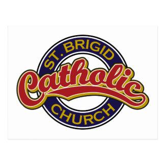 Vermelho da igreja Católica do St. Brigid no azul Cartao Postal