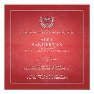Vermelho do anúncio   da graduação da Faculdade de Convites Personalizados