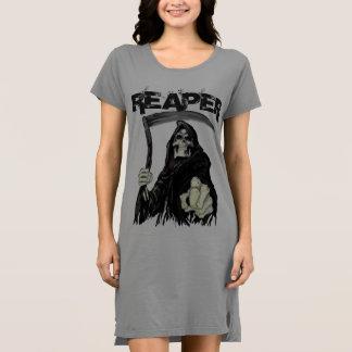 Vestido alternativo do t-shirt do roupa das
