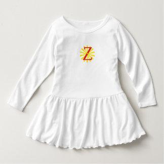 Vestido branco para a menina com letra z