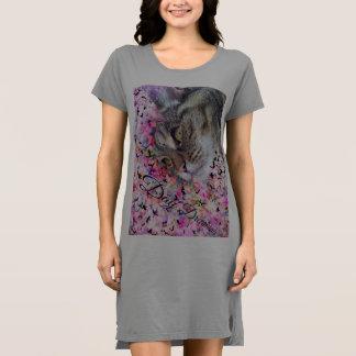 Vestido do t-shirt do Meow dos gatos