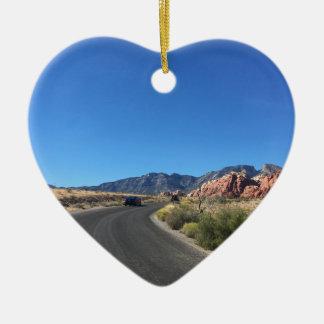 Viagem do dia através do parque nacional da rocha ornamento de cerâmica coração