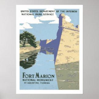 Viagens vintage de Marion do forte Poster