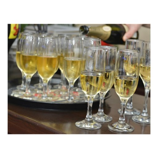 Vidros de Champagne Modelo De Panfleto