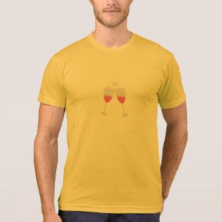vidros do champanhe com coração camiseta