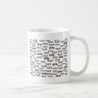 Vidros do hipster caneca de café