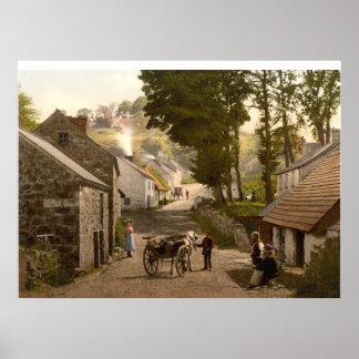 Vila de Glencoe, condado Antrim, Irlanda do Norte Posters