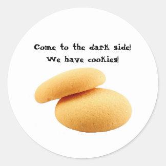 Vindo ao lado escuro! Nós temos biscoitos! Adesivo