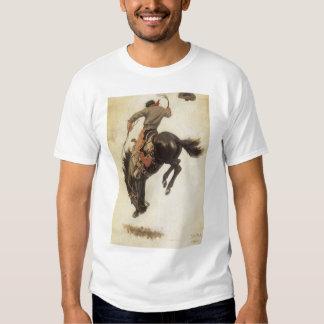Vintage ocidental, vaqueiro em um cavalo Bucking T-shirt