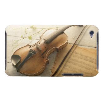 Violino e partitura capa iPod Case-Mate